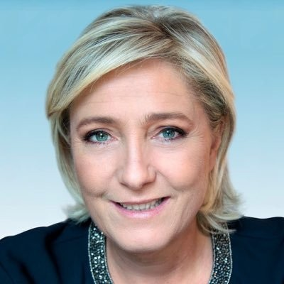 Saintes : Marine Le Pen devant son camp